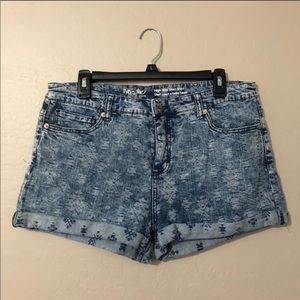Mossimo high rise jean shorts size 16